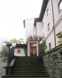 001-hotel-manes-svratka-zdarske-vrchy-vysocina-01-hotel-manes