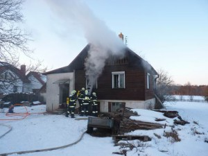 hasici-vysocina-pozar-moravec-1