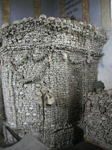 Unikátní kostnice ukrývá ostatky několika tisíc lidí