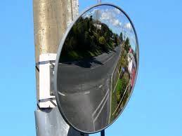 zrcadlo-silnice