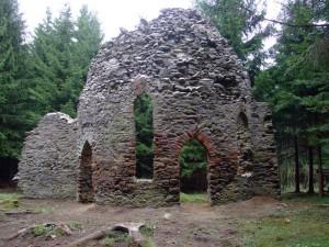 zricenina-kaple-v-lese-jivine-1